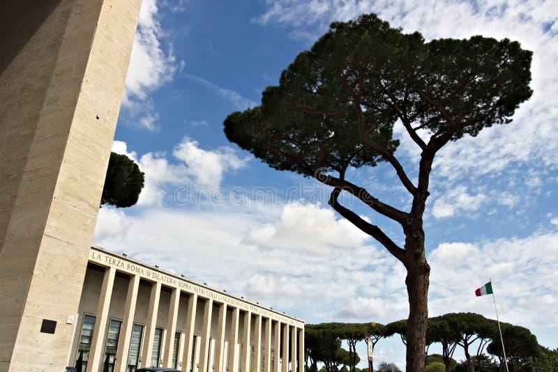 Здание в районе Eur Рима в итальянском рационалисте s стоковые изображения rf