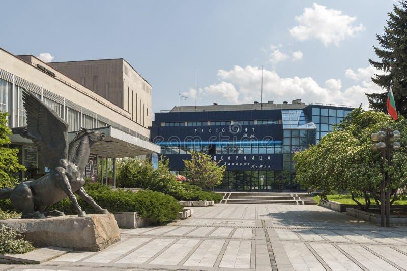 Здание и улица в центре города Silistra, Болгарии стоковая фотография rf