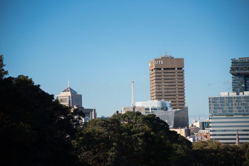 Здание кампуса Сиднея UTS технологического университета главное, расположено на южном ворот к CBD Сиднея стоковая фотография rf