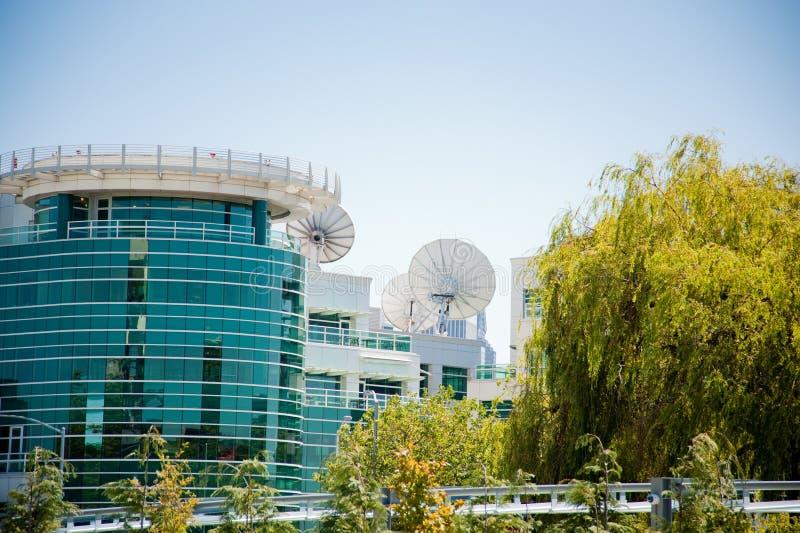 Здание канала новостей стоковое фото