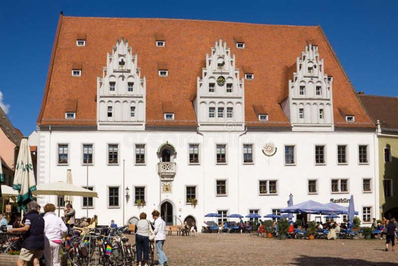Здание муниципалитет на квадрате рынка в Meissen, Ger стоковые изображения rf