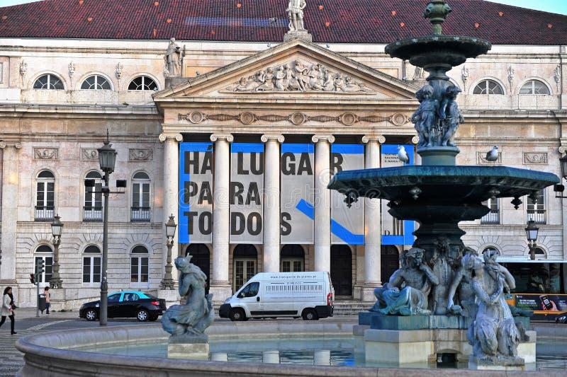 Здание национального театра на квадрате Rossio, Лиссабоне стоковые фотографии rf
