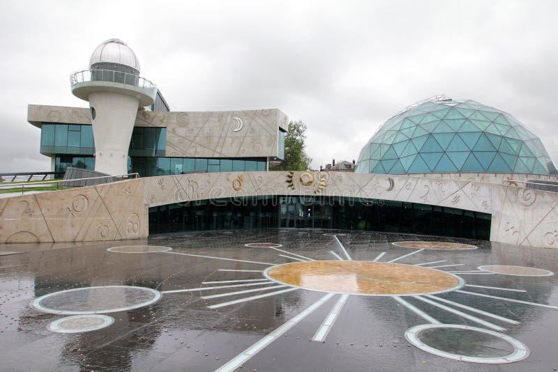 Здание планетария в городе Yaroslavl стоковая фотография rf