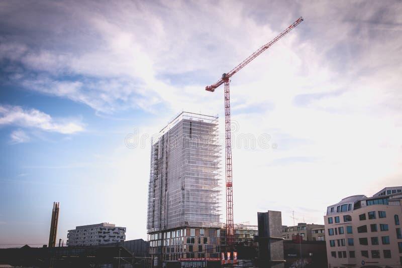 Здание под конструкцией в центре города Базеля стоковые фотографии rf