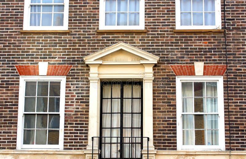 Здание прекрасного взморья грузинское в Истборне Англии стоковое изображение