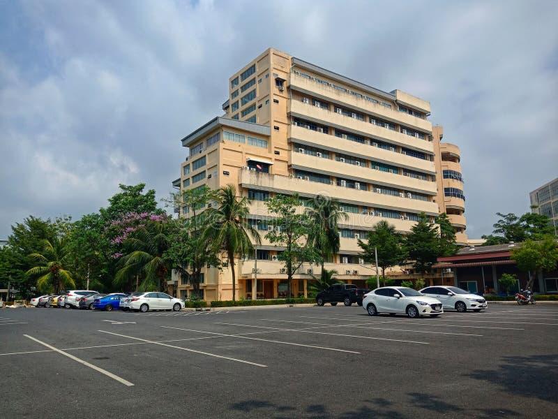 Здание университета Burapha стоковое фото rf