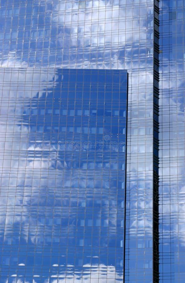 Download здание стоковое фото. изображение насчитывающей bluets - 487914