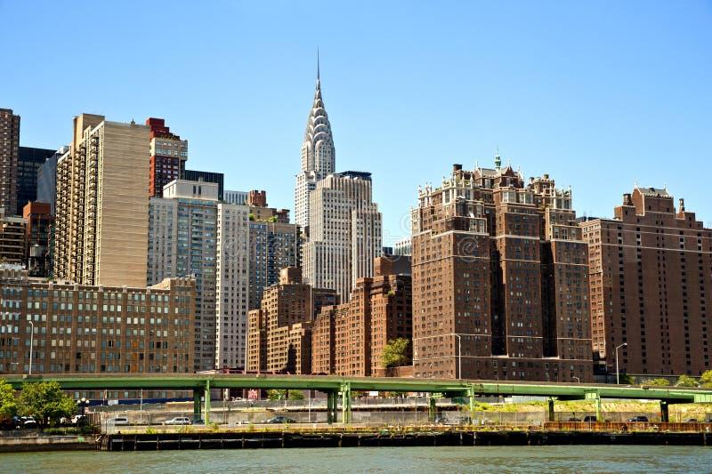 здание chrysler отличая горизонтом nyc стоковая фотография rf