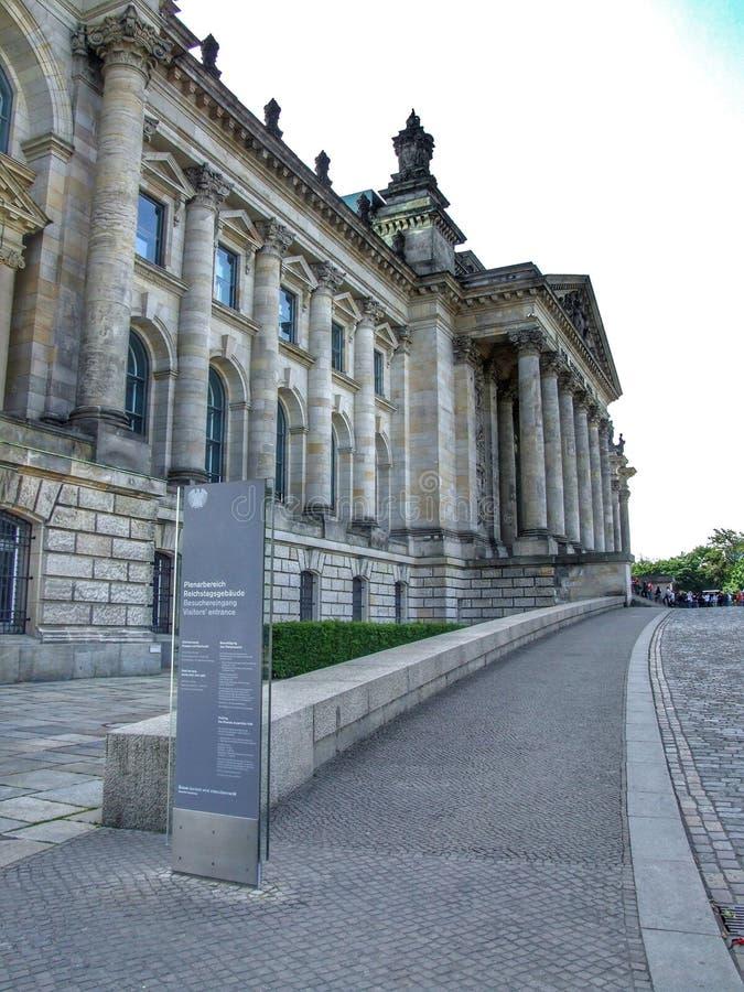Здание Reichstag в Берлине в Германии стоковые фотографии rf