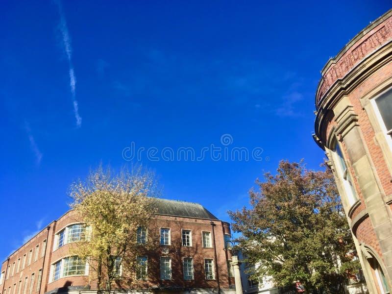 Здания Ньюкасл-под-lyme стоковое фото rf