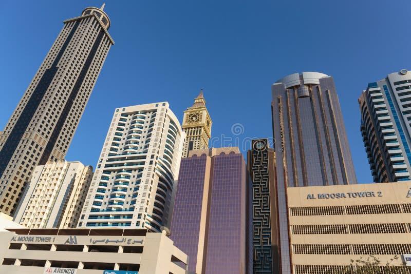 здания самомоднейшие Дубай был самым быстрым превращаясь городом в w стоковые фото