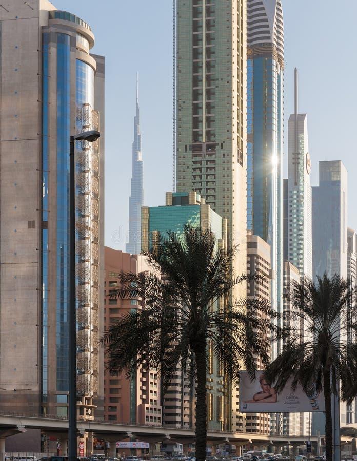 здания самомоднейшие Дубай был самым быстрым превращаясь городом в w стоковое изображение rf