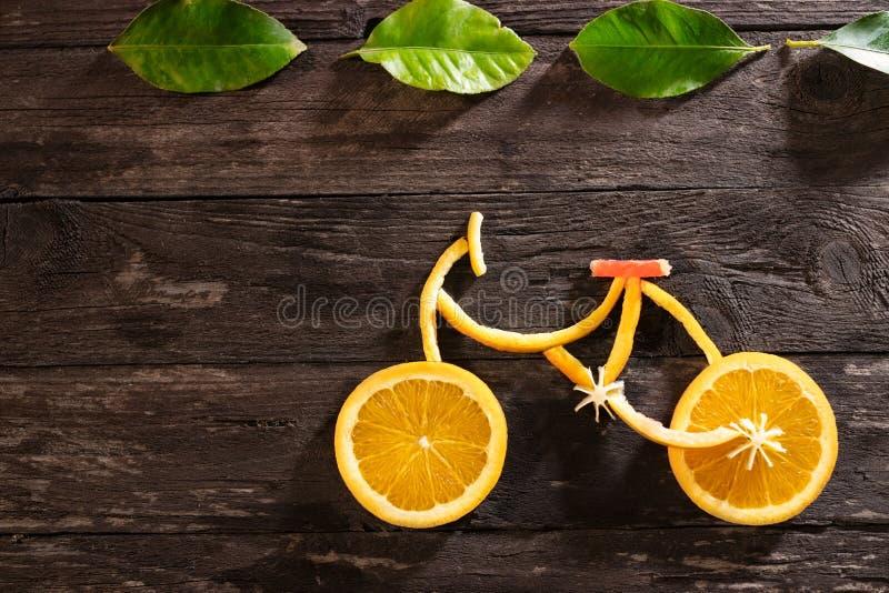Здоровая концепция еды велосипеда подробно сделанная свежих фруктов f стоковое изображение rf