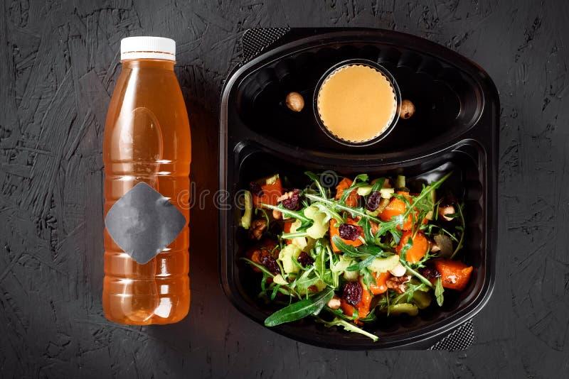 Здоровая поставка еды Взятие прочь для диеты Питание фитнеса стоковые изображения