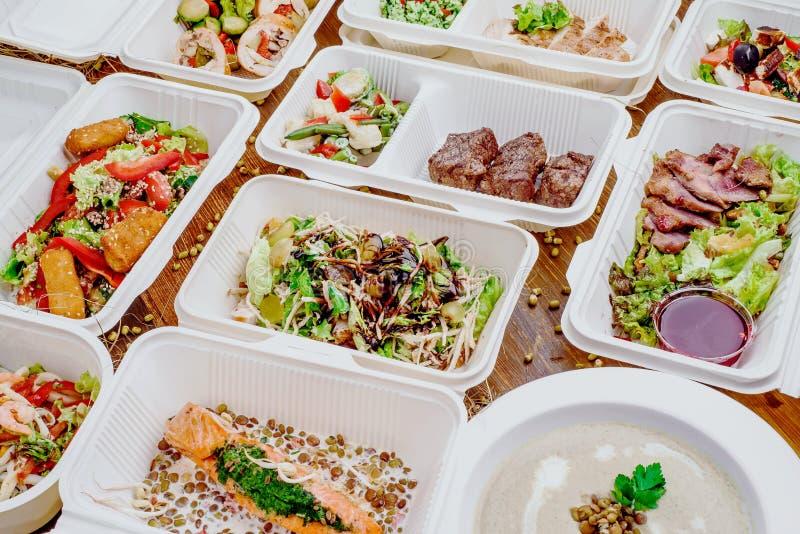 Здоровая поставка еды Взятие прочь для диеты стоковая фотография