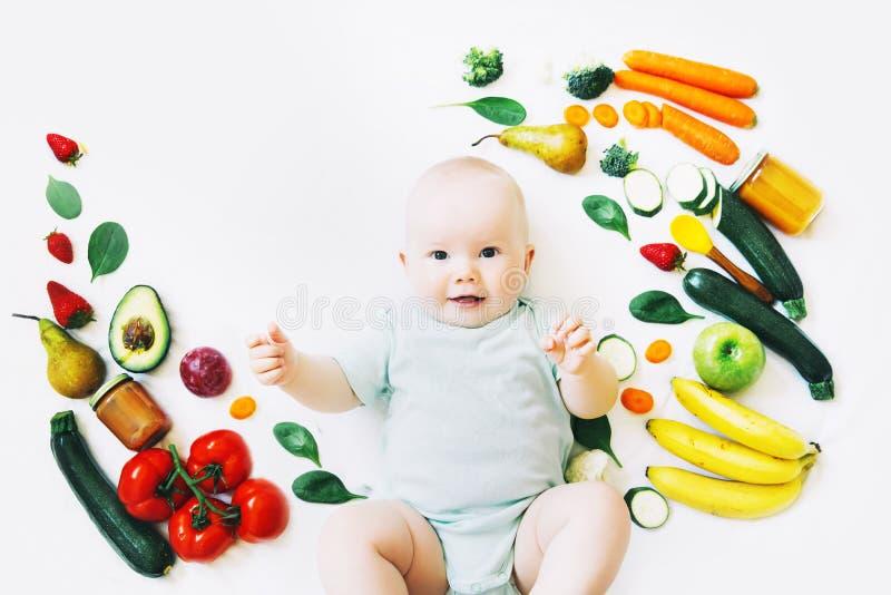 Здоровое питание ребенка младенца, предпосылка еды, взгляд сверху стоковая фотография rf
