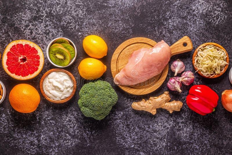 Здоровые продукты для повышения устойчивости и холодные средства защиты стоковая фотография