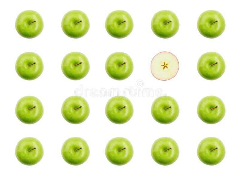 Зеленые яблоки и половин красного яблока стоковые фото