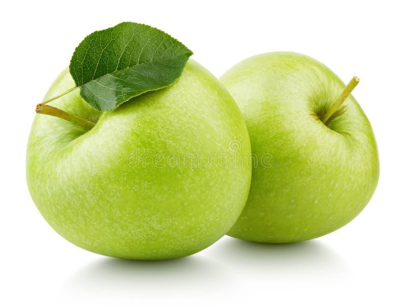 Зеленые яблоки при лист изолированные на белизне стоковые изображения rf