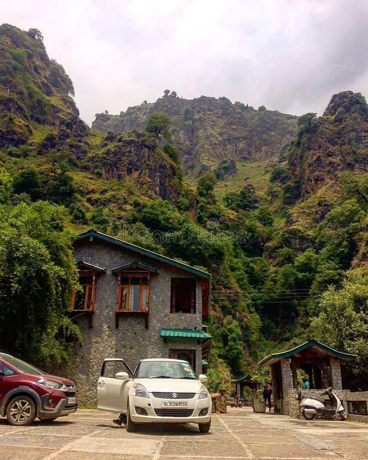 Зеленый горный вид Chakrata Uttarakhand Индия стоковые фотографии rf