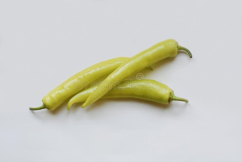 Зеленый перец chili изолированный на белой предпосылке стоковое изображение rf