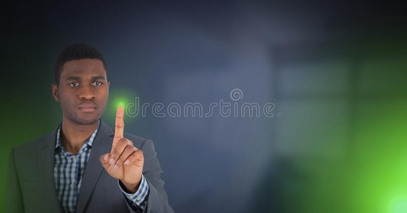 Зеленый свет руки касающий стоковые фото