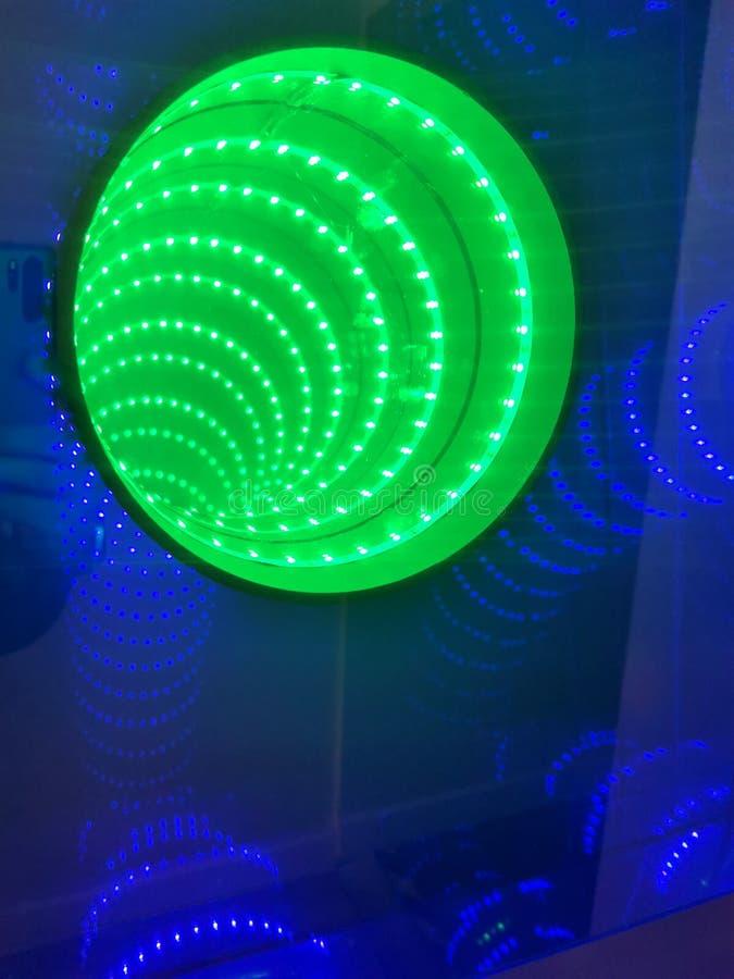 Зеленый тоннель безграничности стоковая фотография
