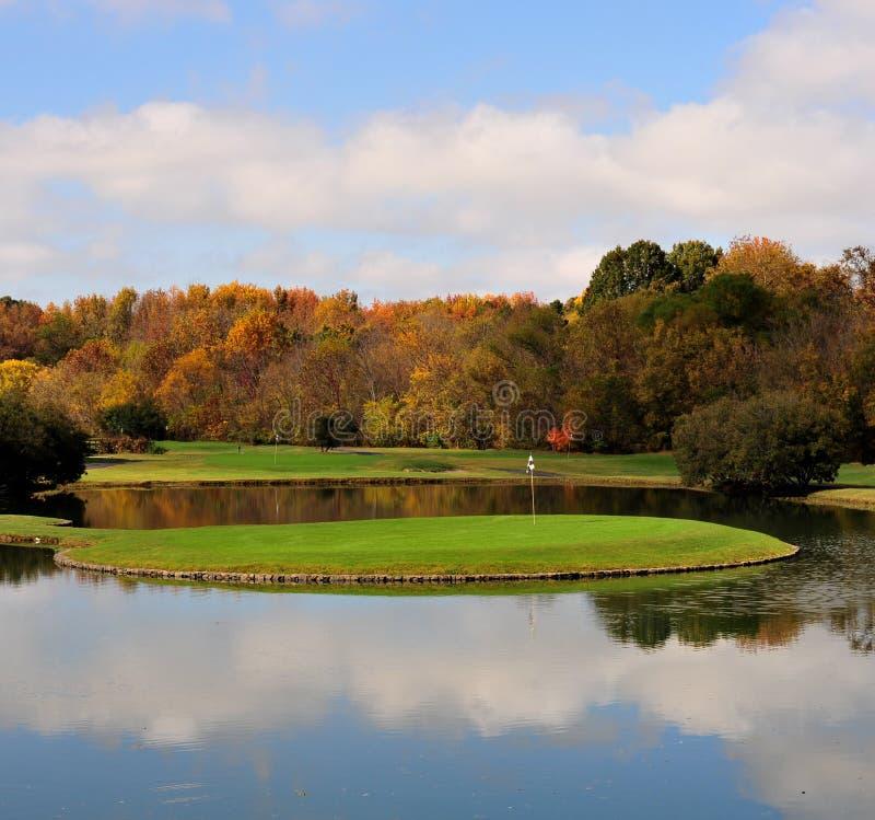 зеленый цвет гольфа стоковая фотография rf