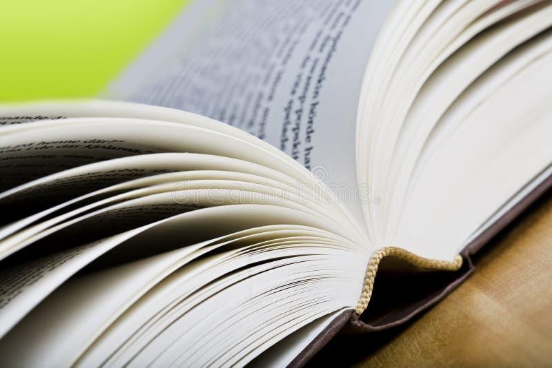 зеленый цвет книги предпосылки стоковая фотография