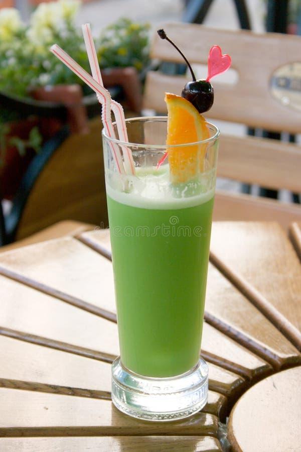 зеленый цвет питья стоковая фотография rf