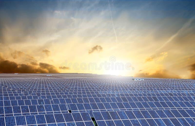 зеленый цвет энергии стоковое фото