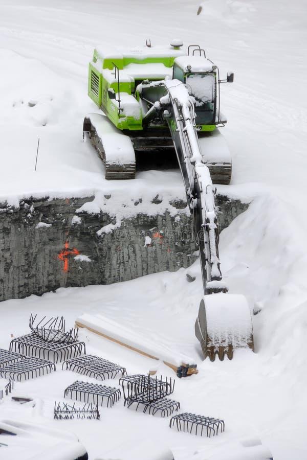 Землечерпалка на строительной площадке стоковые изображения rf