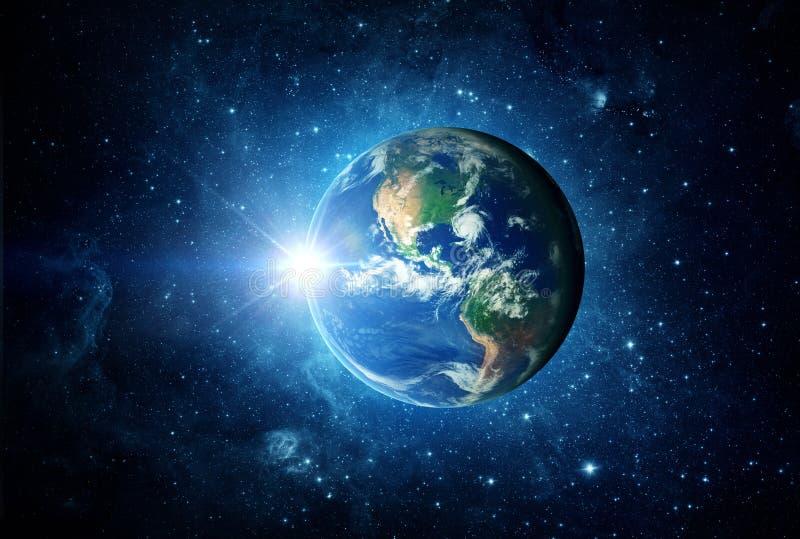 Земля, солнце и галактика Элементы этого изображения поставленные NASA стоковое изображение rf