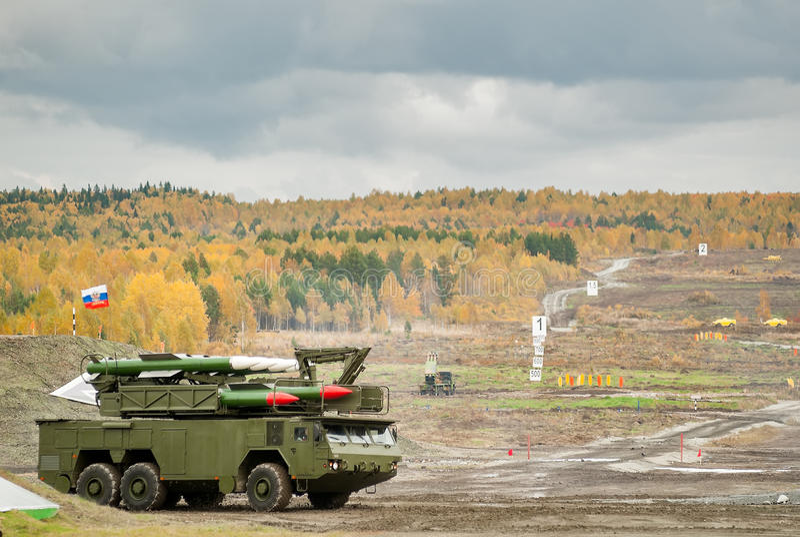 Земл ракетные комплексы Buk-M1-2 стоковое фото rf