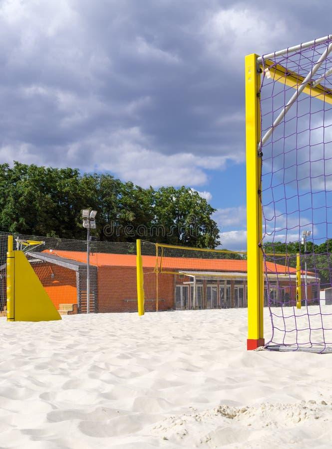 Земля спорт для футбола и волейбола пляжа стоковая фотография rf
