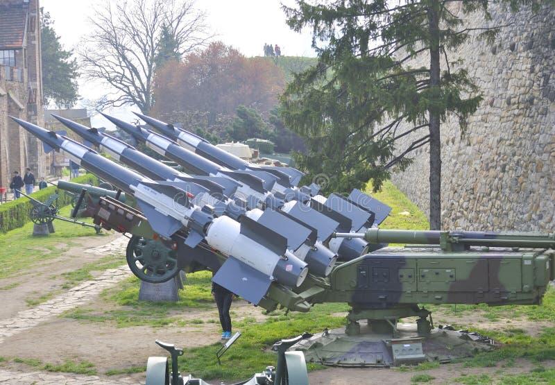Зенитные противовоздушные ракеты в военном музее в Белграде стоковая фотография