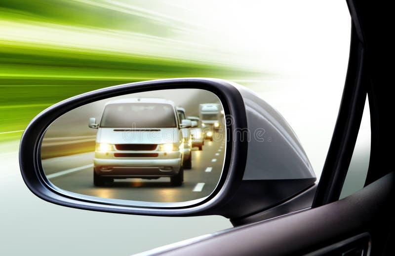Зеркало заднего вида левой стороны стоковое фото rf