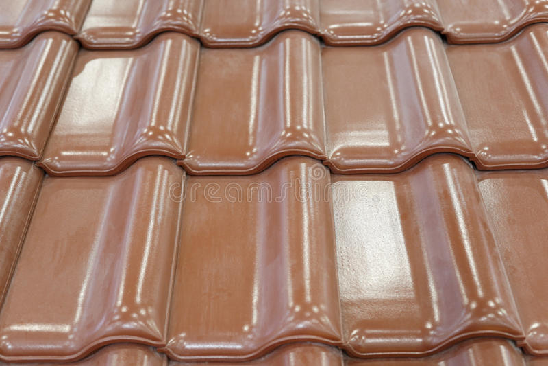 Зеленая плитка крыши стоковая фотография
