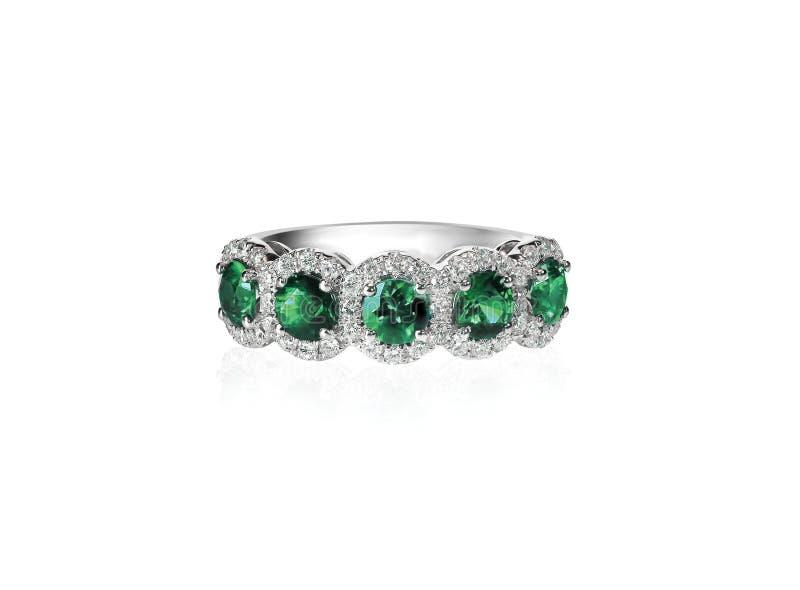 Зеленое изумрудное кольцо диапазона годовщины стоковое изображение