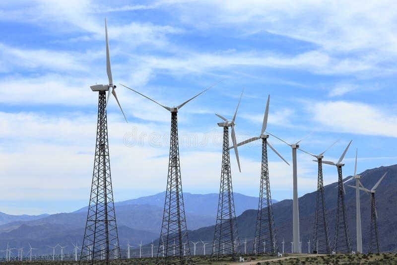 Зеленое поле энергии стоковые изображения