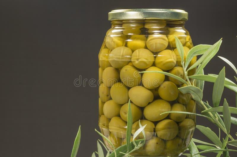зеленые оливки стоковые фотографии rf
