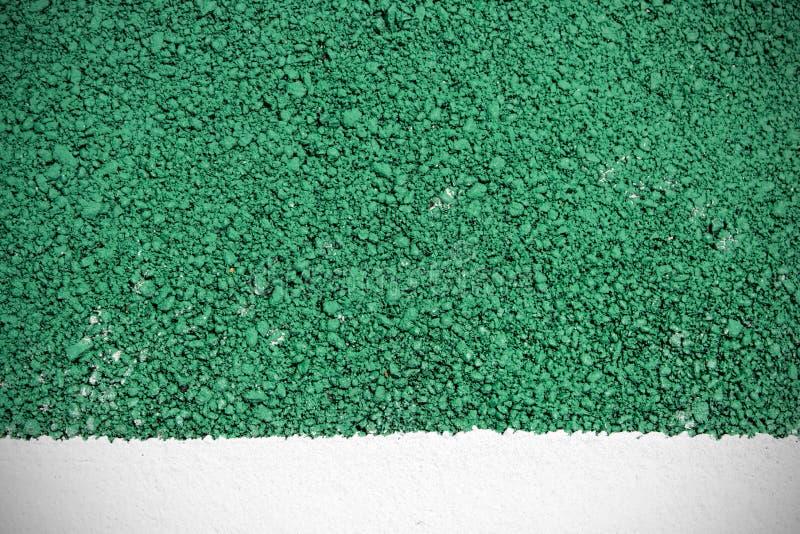 Зеленые предпосылка и белизна текстуры дорожного покрытия покрасили линию стоковые изображения rf