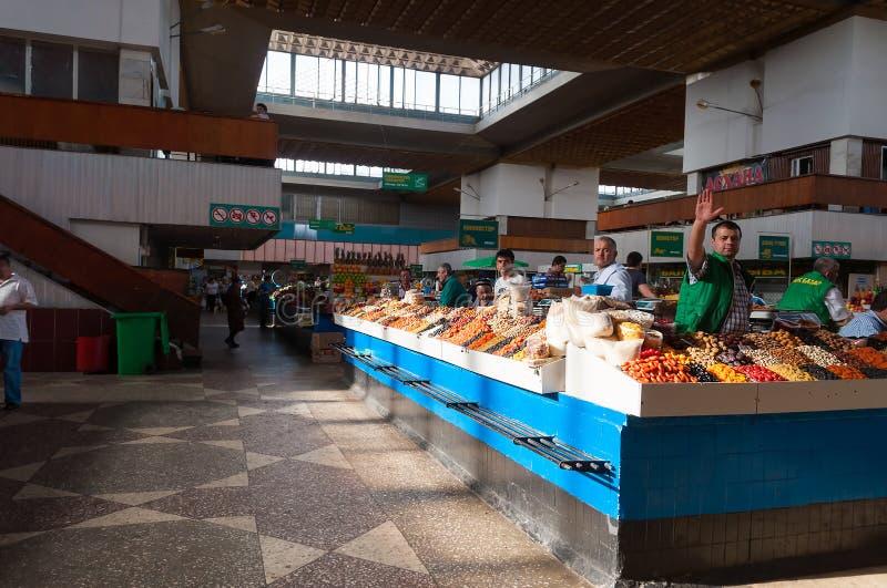 Зеленый базар в Алма-Ате стоковая фотография