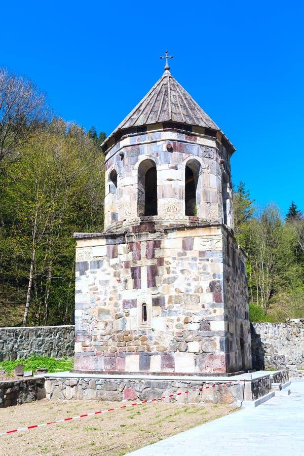 Зеленый монастырь около долины Borjomi, Georgia стоковые фотографии rf