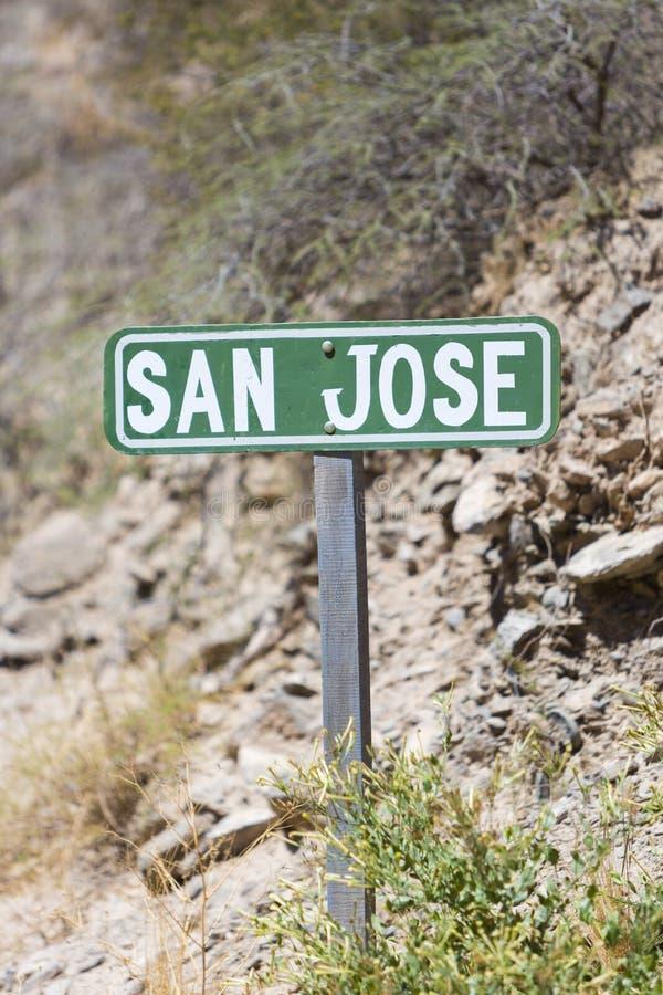 Зеленый столб знака деревни Сан-Хосе в Аргентине стоковые фото