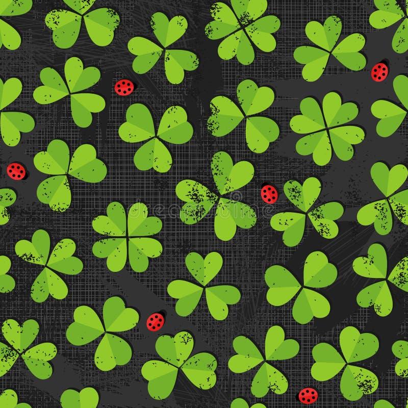 Зеленый луг клевера с картиной ladybirds на темноте иллюстрация вектора