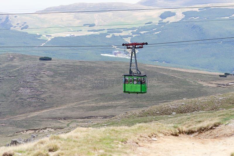 Зеленый фуникулер стоковое изображение rf