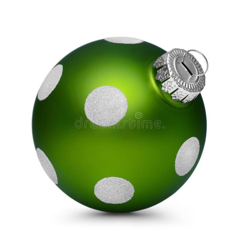 Зеленый шарик рождества при пятна изолированные на белой предпосылке стоковые фотографии rf