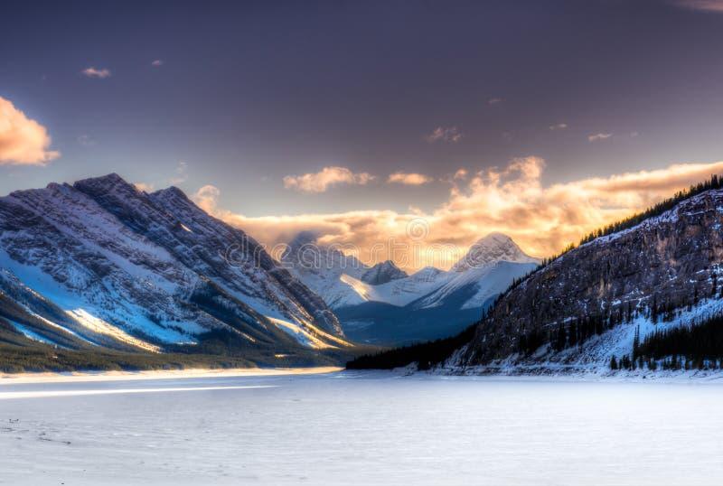 Зима в горах стоковые изображения rf