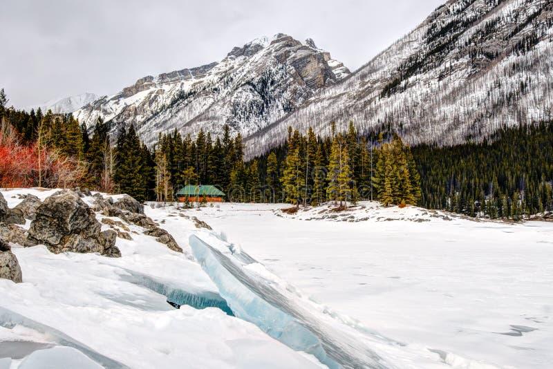 Зима в горах стоковое изображение rf